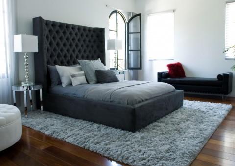 royal sasha diamond-tufted platform bed
