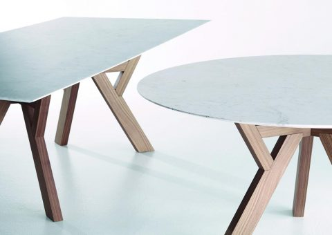 trigono dining table